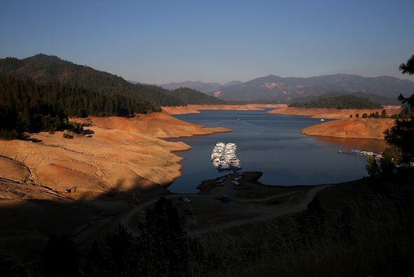 Lago Shasta en Redding, California, el 31 de agosto del 2014. El lago es...