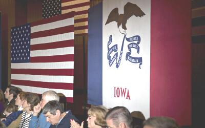 Destino 2016 GettyImages-Iowa-flag.jpg