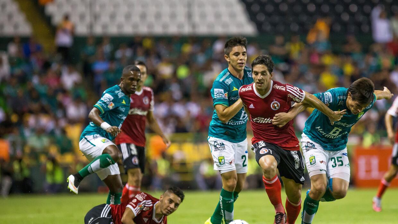 León recuperó el liderato del Apertura 2015.