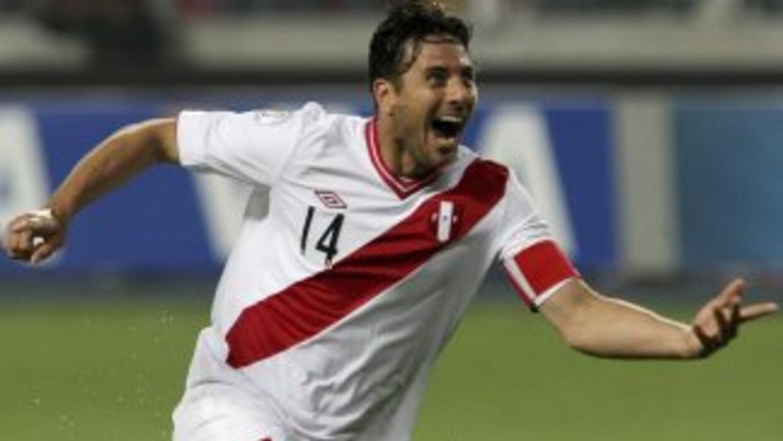 El peruano se mantendrá por un año más bajo la disciplina del conjunto b...