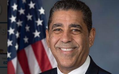 Congresista Espaillat propone que agentes de ICE y la patrulla fronteriz...