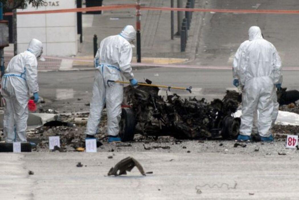 La explosión no causó víctimas, pero sí cuantiosos daños materiales.