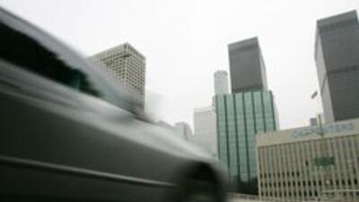Vias deterioradas cuestan casi $2,500 a conductores en Los Angeles: estu...