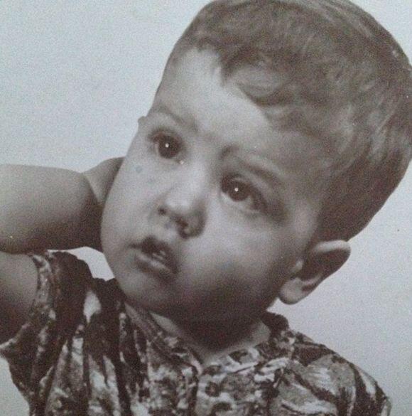 """""""¿A que no reconocen quién es este niño hace 41 años? ¡Dios! Cómo pasa e..."""