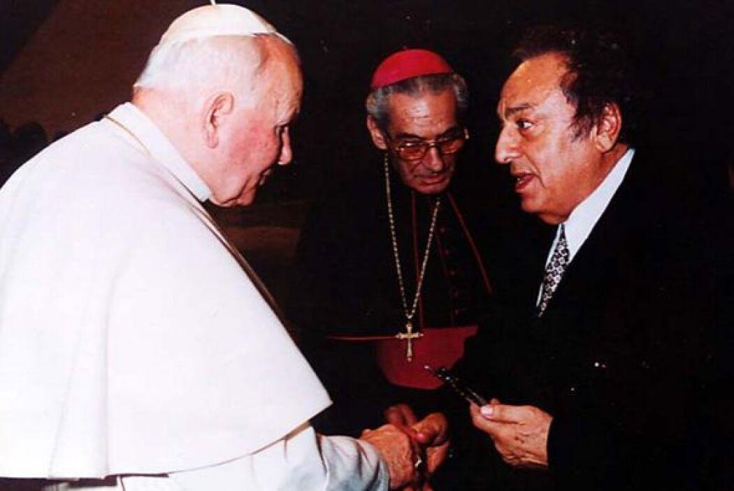 Sulaimán era un ferviente creyente, logró conocer al Papa Juan Pablo II.