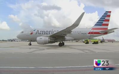 Protesta contra la aerolínea American por presunta segregación a cubanoa...