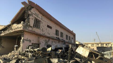 Las fuerzas especiales iraquíes siguen en combates contra el Estado Islá...