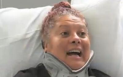 """Mujer arrollada por un conductor prófugo asegura que sobrevivió """"gracias..."""