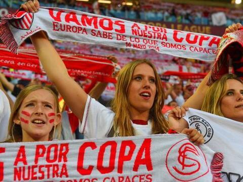 Era momento de apoyar al Sevilla en la búsqueda de un títu...