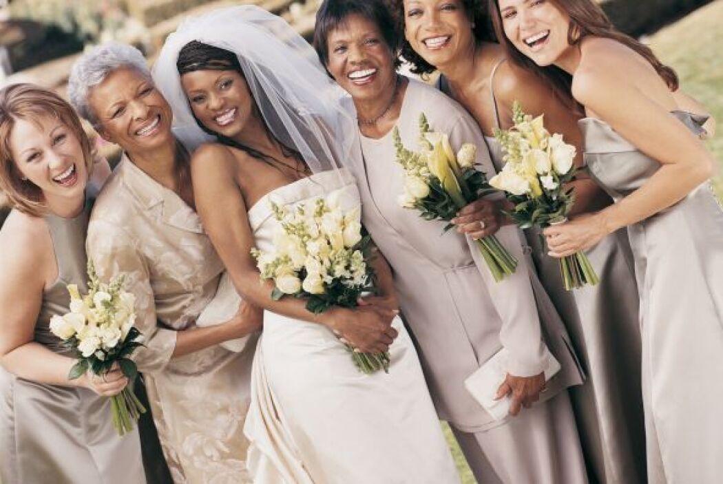 Un vestido en tonos beige o tonos 'nude' no son la opción, descarta esto...
