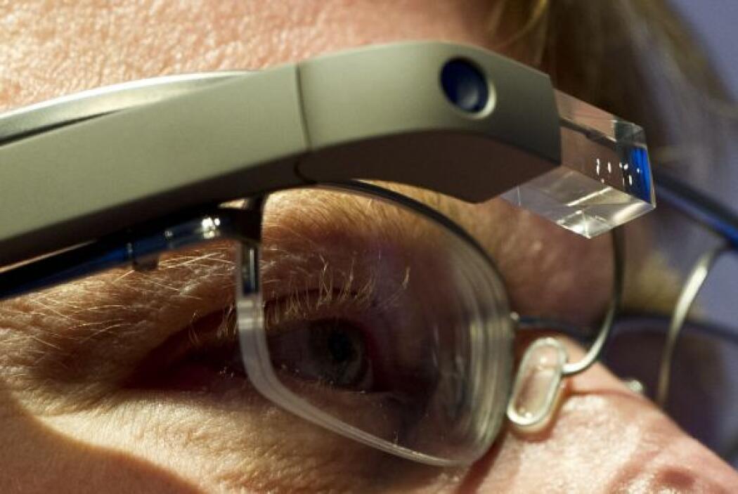Las Google Glass, que cuestan $1.500, ya están siendo utilizados por uno...
