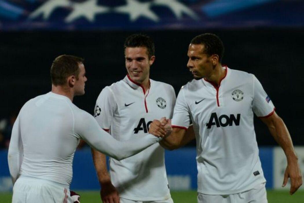 Vistoria del United, que también lleva paso perfecto en el torneo.