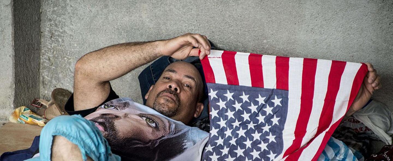 Los más de 7,500 cubanos que se quedaron varados en la frontera de Costa...