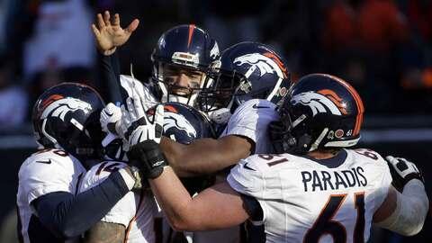Broncos 17-15 Bears: Agónico y dulce debut como titular del QB Brock Osw...
