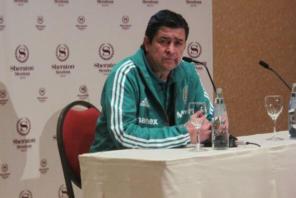 Luego del reconocimiento de campo, el entrenador Luis Fernando Tena dio...