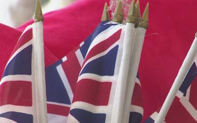 La comunidad inglesa de Houston reacciona ante los ataques terroristas e...