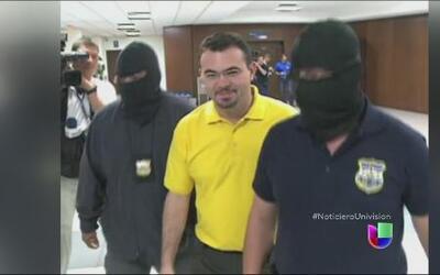 Autoridades salvadoreñas detuvieron a un sacerdote acusado de ayudar a d...