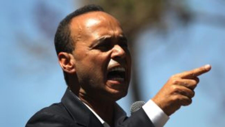 Luis Gutiérrez afirmó que continuará su lucha por la reforma migratoria...