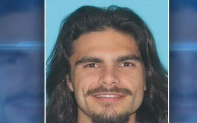 Autoridades buscan información sobre la muerte a tiros de joven hispano...