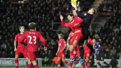 Arsenal y Southampton empataron a un gol.