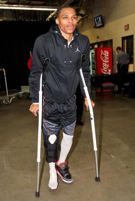 Russell Westbrook, Oklahoma City Thunder - Rotura del menisco lateral. W...