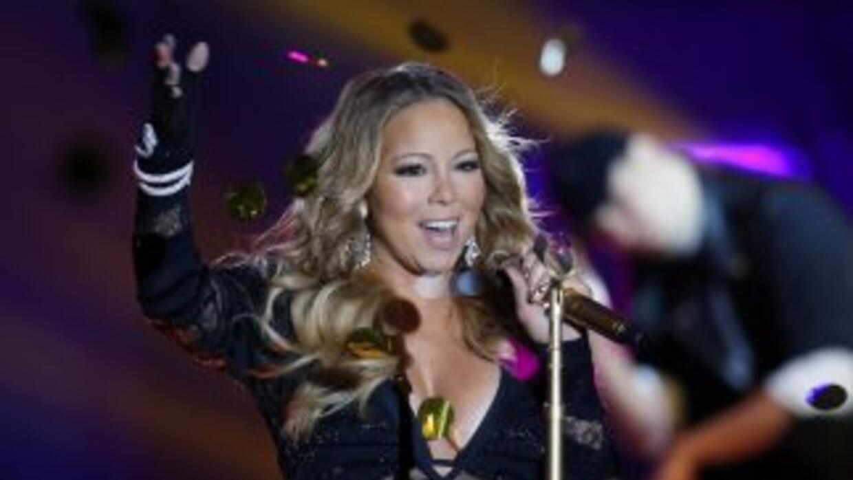 Una antigua empleada de Mariah la demandó asegurando que trabajaba larga...