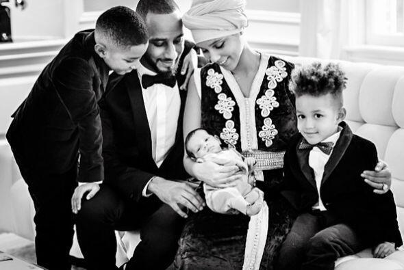 Alicia Keys tiene una manera espectacular de presentarnos a su beb&eacut...