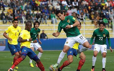 Bolivia empató 2-2 con Ecuador