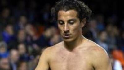 Andrés Guardado fue titular en la derrota del Valencia.
