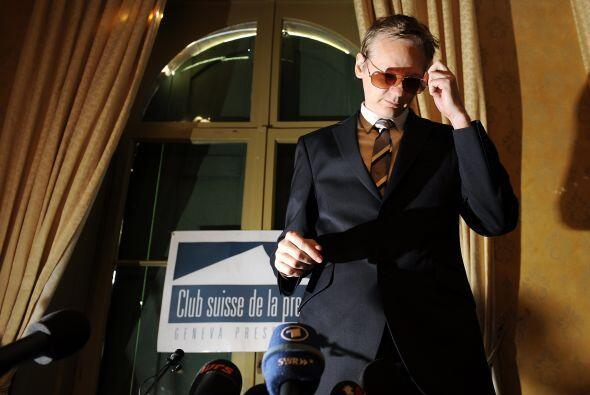 El fundador del controversial sitio web, Julian Assange, se negó a llega...