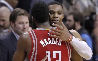 Westbrook terminó con 27 tantos, 10 rebotes y 10 asistencias.
