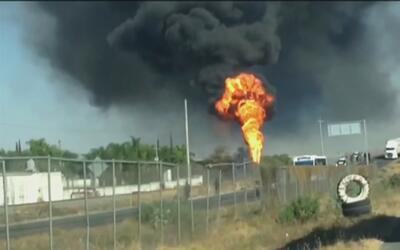 Robo de gasolina habría provocado una impresionante explosión en México