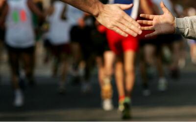 Héctor Picard corrió la Media Maratón de Miami por la fundación de la pe...