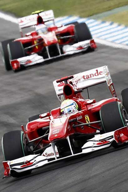 Massa y Alonso tuvieorn un cerrado duelo, hasta que el español pa...