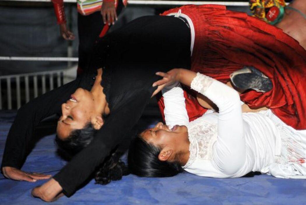 Aunque el fénomeno de la lucha libre en el país data de ocho años atrás...