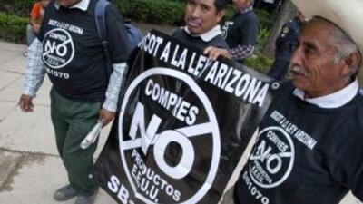 La ley SB1070 ha generado numerosas protestas entre la población latina...