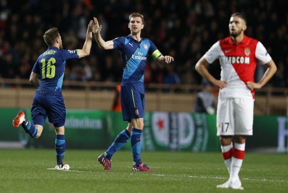 El gol le daba vida al Arsenal, pero aún le faltaba un tercer tanto para...