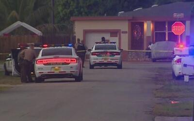 Investigan el asesinato de un hombre de 20 años en el noreste de Miami-Dade