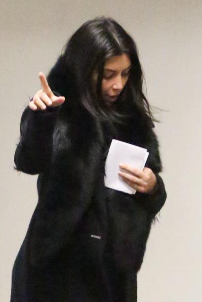 A Kim no le pareció muy divertido ver a los paparazzi fuera del c...