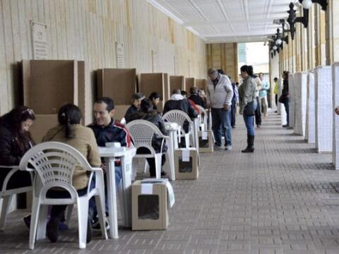 Los colegios electorales de Colombia abrieron a las 08:00 horas locales...
