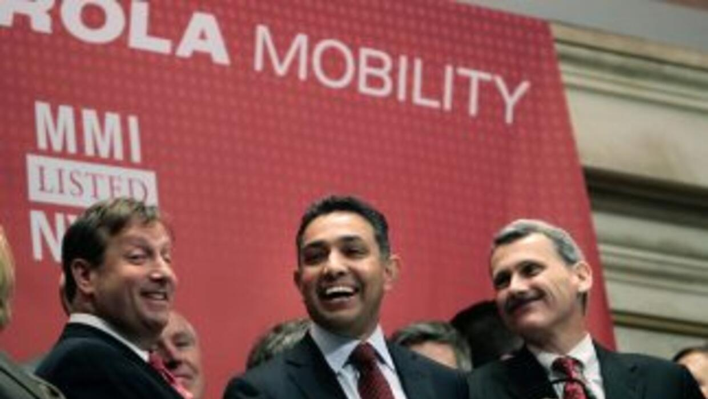 Motorola Mobility será adquirida por Google por$12,500 millones.