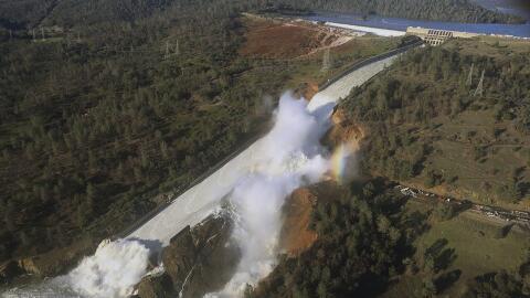 La represa de Oroville, en California