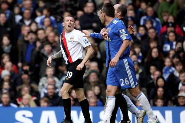 Craigh Bellamy también hizo dos goles para los 'Citizens' y los c...