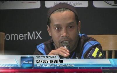 Carlos Treviño se disculpó con Ronaldinho