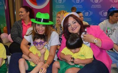 Como parte de la nueva campaña Yo Soy Univision Contigo, talentos y pers...