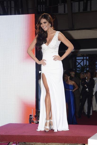 Marisol González desfiló muy guapa.