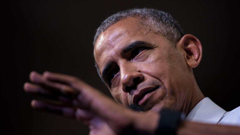 Obama habló en un evento demócrata en la isla donde pasa v...