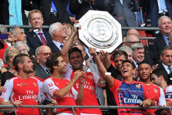 El técnico de los Gunners Arsene Wenger ganó dos títulos tras nueve años...