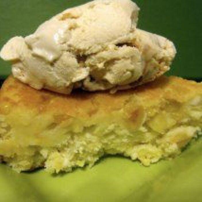 Pan dulce de elote montado con helado: Este pan dulce tiene una textura...