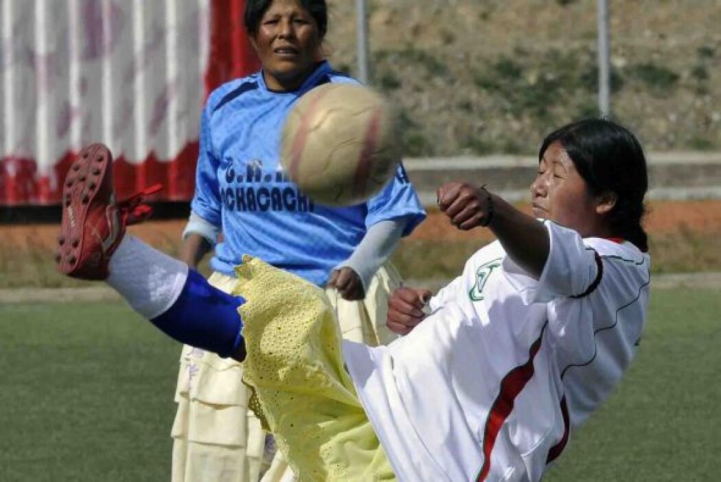 En el partido demostraron que no sólo los hombres tienen habilidades par...